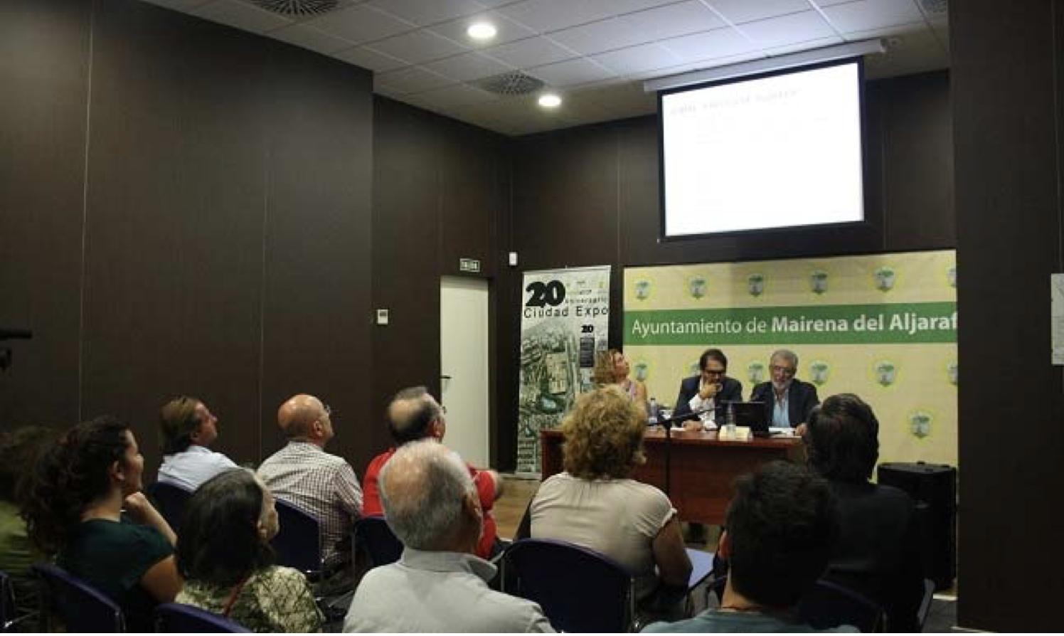 """Mairena inaugura exposicón """"20 años ciudad expo"""""""